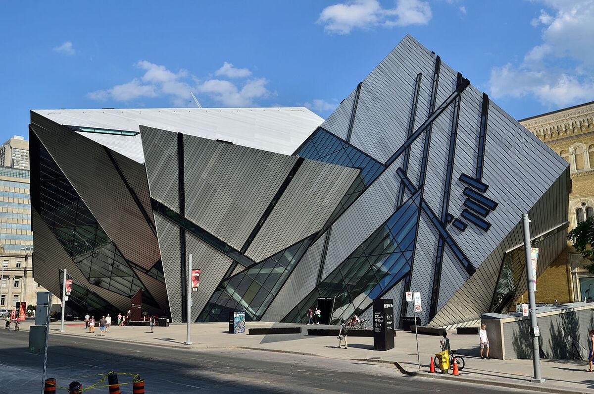 2-Toronto- CN une tour de 553m !