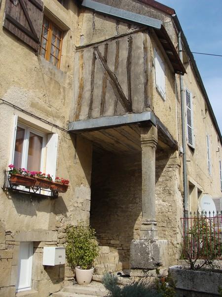 Visite d'un chef lieu de Canton Châtillonnais: Aignay-le-Duc