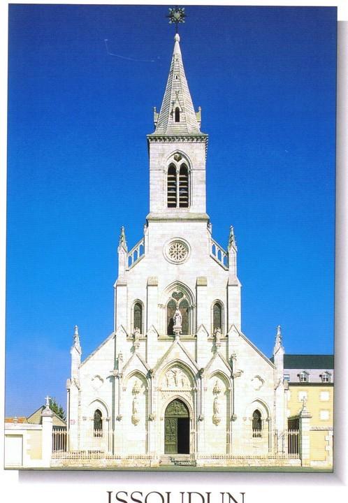 Issoudun basilique-Sacre-Coeur 01