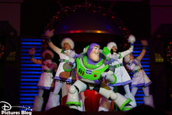 Magic Kingdom (Florida) - A Totally Tomorrowland Christmas !