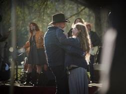 http://cadependdesjours.com/wp-content/uploads/2015/04/Les-Cowboys-Film-2015.jpg