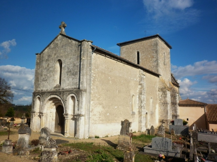 L'église Saint Symphorien XIIème. - Chatenet