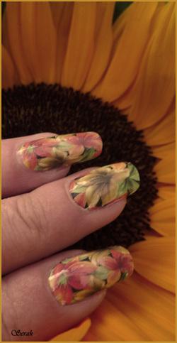 Papier peint sur ongle ;)