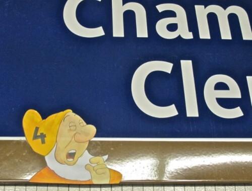 sept nains Atchoum métro