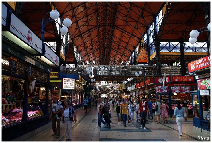 Le marché central de Budapest.