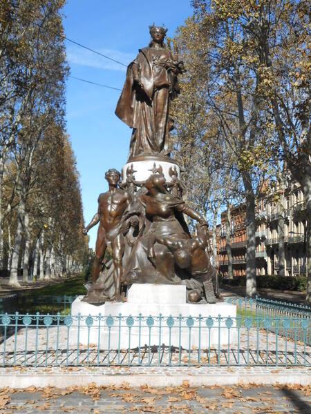 n°141- un Monument aux Morts