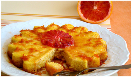 GÂTEAU DE POLENTA À L'ORANGE SANGUINE