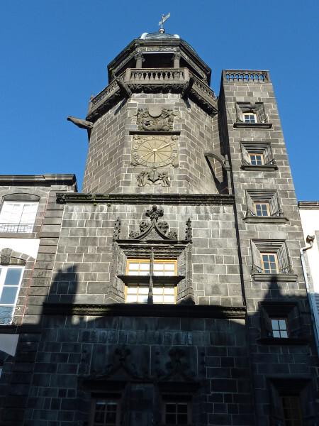 Riom - la tour de l'horloge 2
