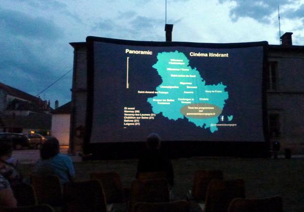 Cinéma en plein air à Châtillon
