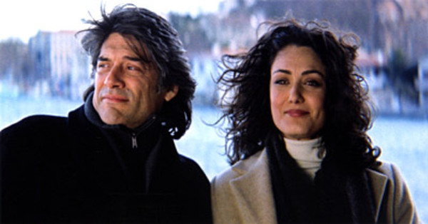 Un ciel épicé (politiki kouzina), un film de Tassos Boulmetis (2003)