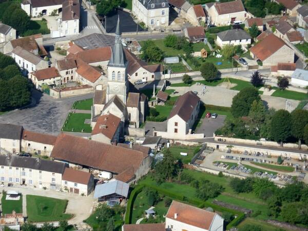 Villages et villes de Côte d'Or vus du ciel..