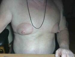 Les pompes à seins!