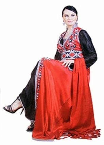 Takchita et kaftan chic pour mariage marocain de haute couture TAK-S814