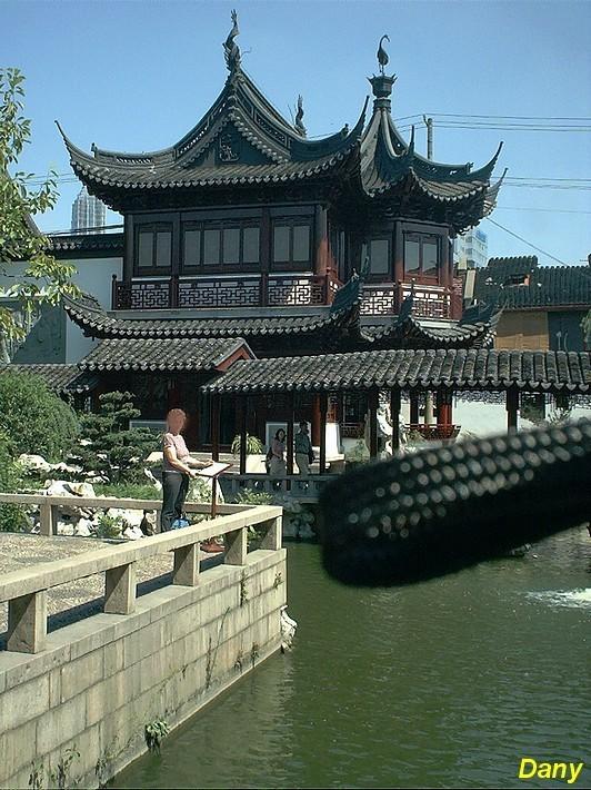 Shanghai sept 2003 03