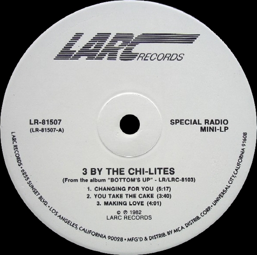 "The Chi-Lites : Album "" Bottom's Up "" LARC Records LR-8103 [ US ]"