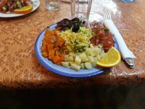 Salade composée à l'huile d'argan safranée