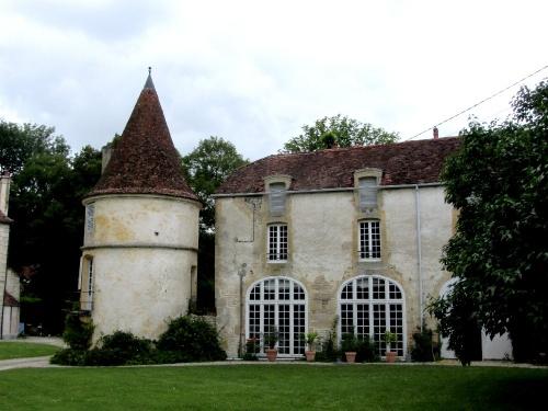 Le château de Quémigny sur Seine