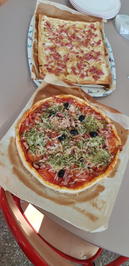 Préparation de la soirée pizza et tiramisu