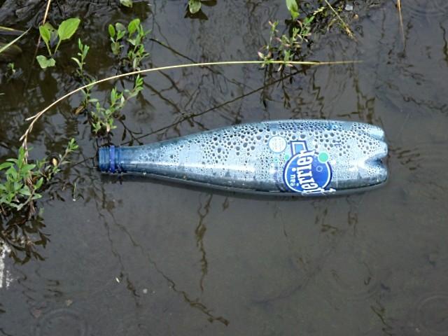 La soif dans le Monde - Marc de Metz 2011