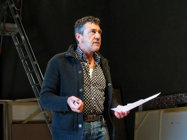 """Martin Petitguyot a présenté, salle Kiki de Montparnasse, l' esquisse de son futur spectacle sur """"Molière"""".."""