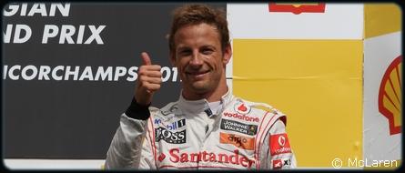 Button prolonge avec McLaren Mercedes pour 2012 !
