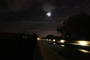Croissant de Lune au Pont-Canal