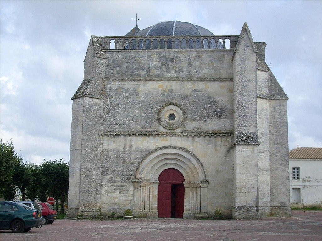 Facade de l'église St Romain - panoramio.jpg