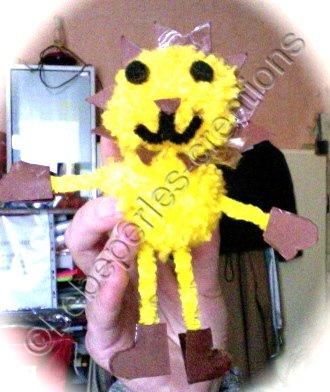 un petit bonhomme jaune : lion