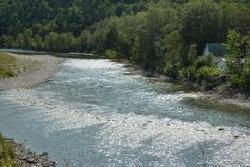 Rivière large