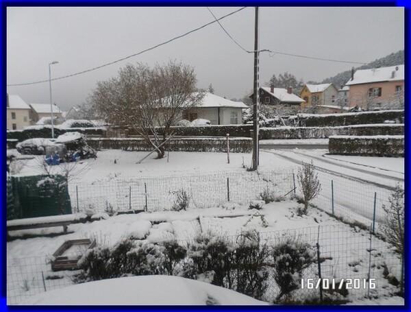 La neige est la ....