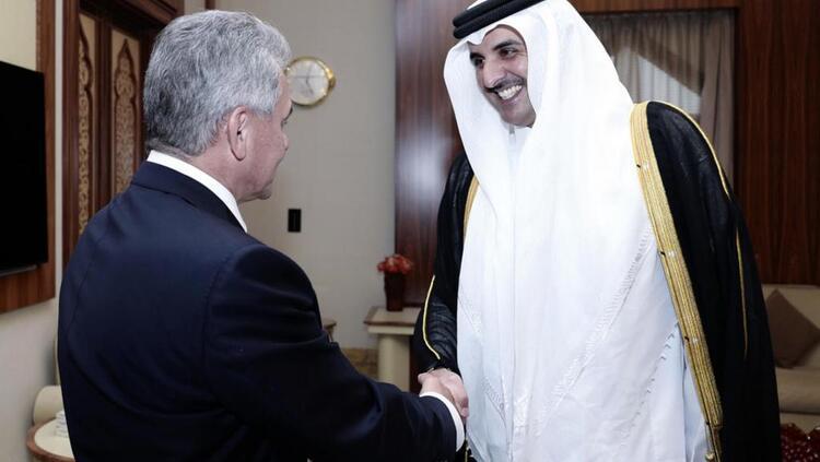 Moscou signe un accord de défense inédit avec Doha