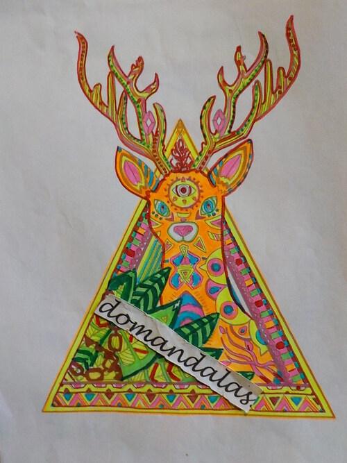 DOMANDALAS  coloriage cerf et triangle