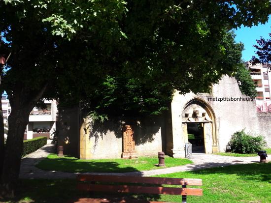 Eglise St Livier...