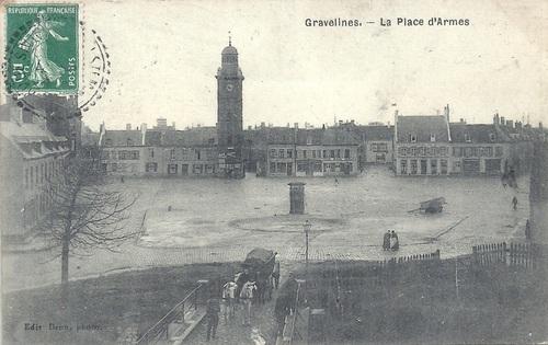 Gravelines - La Place d'Armes (et le pont de l'Arsenal)