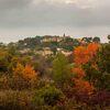 Murviel en automne vue depuis la route de Pignan