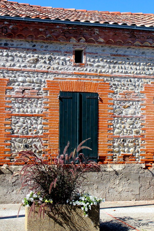 Mur et porte