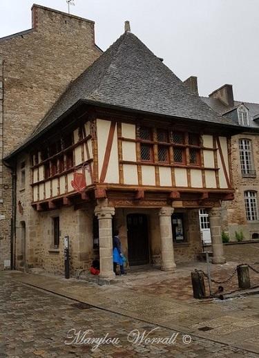 Bretagne : Dinan La Maison de la Harpe Celtique