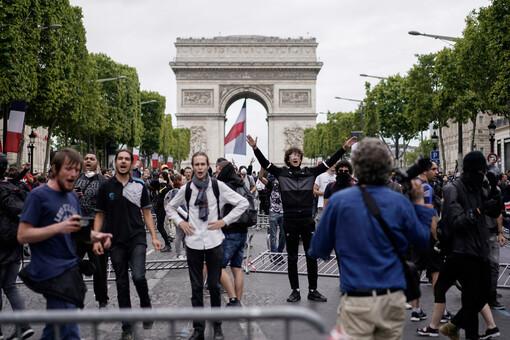 Le mouvement des « Gilets Jaunes » faiblit mais ne rompt pas  (LC.fr-15/07/19