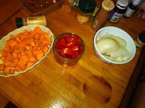 Pastilla Patate douce, oignons, amande et  Cannelle {Vegan}
