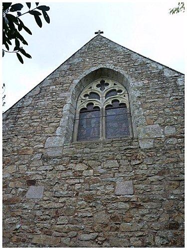 mur-arriere-chapelle.jpg