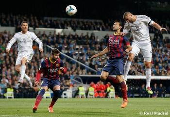 Benzema prend le meilleur sur Maxcherano