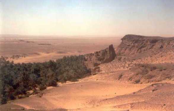Noël au Sahara : coucher de soleil sur les sables