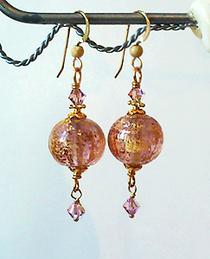 Boucles Verre de Murano authentique Mauve pâle Pailletté d'or / Plaqué Or Gold Filled