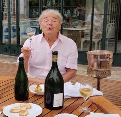 Pierre Perret : 87 ans et toujours une belle descente!