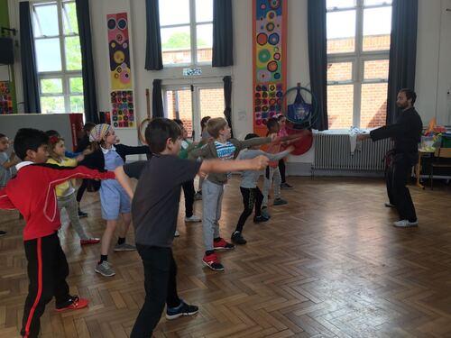 Les arts martiaux à l'école