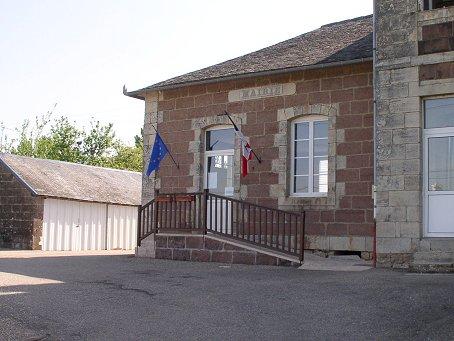 """Résultat de recherche d'images pour """"mairie de louignac"""""""