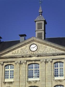 Fronton horloge