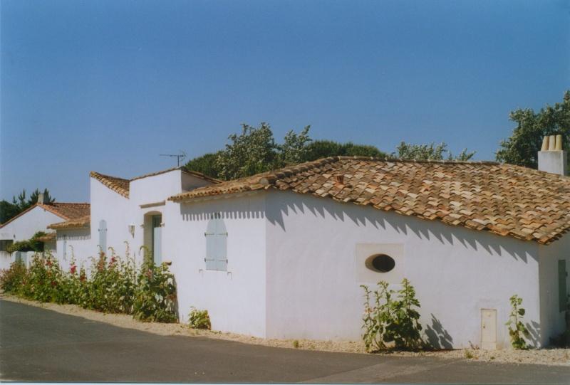 Maisons typiques de l'Île de Ré, juin 2005