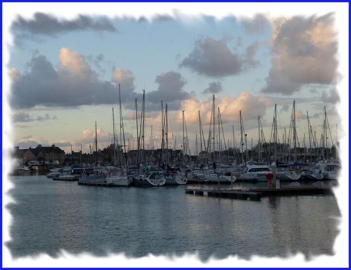 Fin de journée  sur le port .....