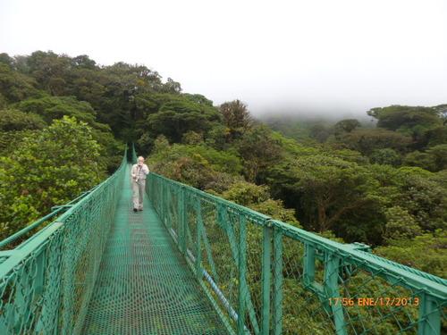Pont suspendu à SANTA ELENA